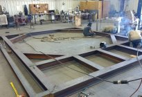 Oil blending tank platform fabrication