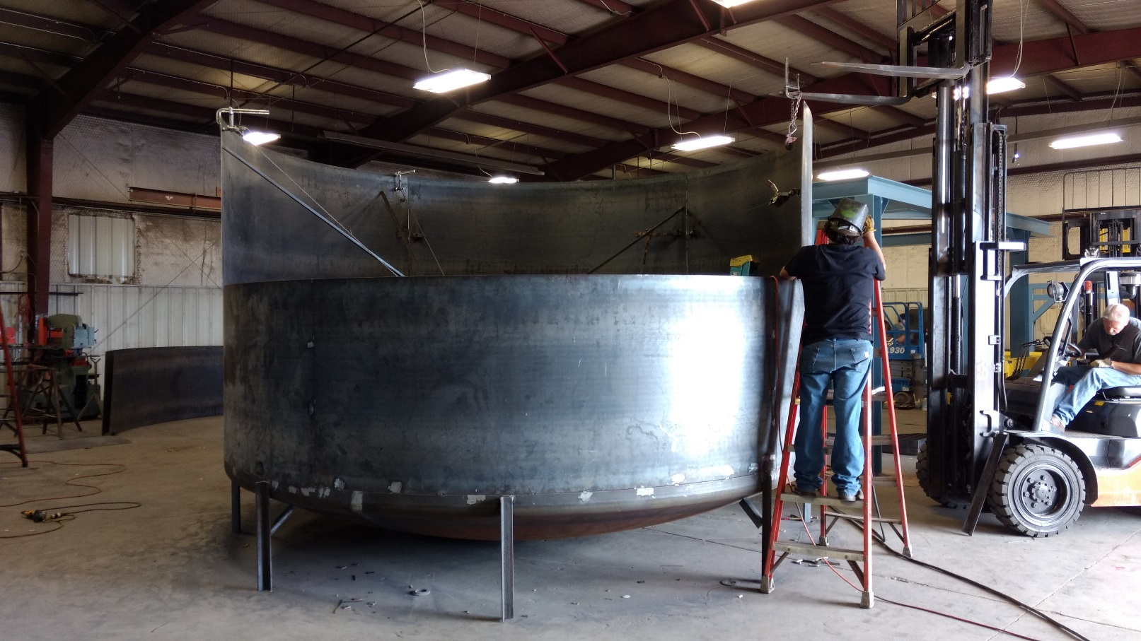Photo showing the fabrication of an synthetic lubricant blending tank